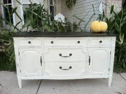 trends chalk painted furniture jerry enos painting in chalk