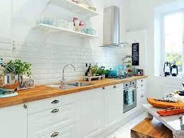 cuisine blanc laqué et bois cuisine equipee blanc laquee cuisine laquee blanche cuisine equipee