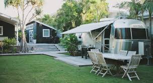 Building A Guest House In Your Backyard Airstream Envy Brooklyn Limestone