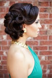 prom retro hairstyles with side bangs for short hair women