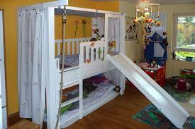 rutsche kinderzimmer das mitwachsende kinderbett mit rutsche nur bei kinderzimmer 24 de