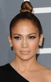jlo earrings dazzling diamond jewelry at the grammy award show diamond studs