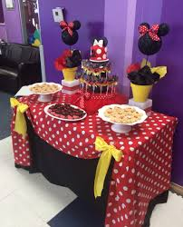 minnie mouse dessert table by bizzie bee creations decorating