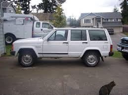 jeep cherokee white danthejeepman90 1990 jeep cherokee u0027s photo gallery at cardomain