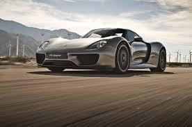 Porsche 918 Hypercar - porsche 918 spyder push the red button motor trend