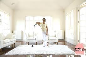 comment nettoyer pipi de sur canapé canape desodoriser un canape en tissu comment nettoyer un canape