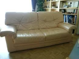 comment réparer un canapé en cuir déchiré reparer canape simili cuir renovation canape cuir reparation canape