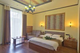 studio room with jacuzzi and balcony for rent 9 mykhailivs u0026 039