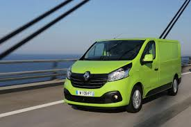 renault van renault trafic panel van review car keys