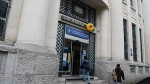 fermeture des bureaux de poste trois bureaux de poste menacés de fermeture