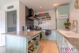 solid wood kitchen cabinets quedgeley gloucester road cheltenham move estate agents