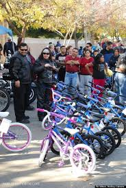 black friday bicycles hells angels wait in line for 5 days to buy bikes for homeless