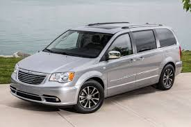 2016 chrysler town and country minivan pricing for sale edmunds