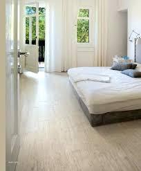 carrelage dans une chambre carrelage chambre a coucher ewood white mural newsindo co