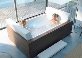 design badewannen badewannen mit whirlpool deutschland komfortable kopfstütze