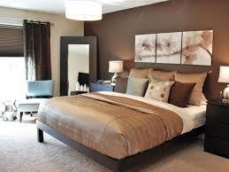 peinture chambre moderne adulte couleur de chambre moderne le marron apporte le confort