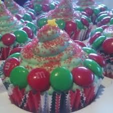 custom cupcakes sweet lulu s custom cupcakes closed cupcakes naples fl