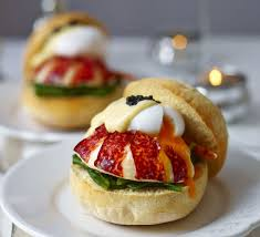 lobster muffins with poached egg caviar spinach u0026 hollandaise