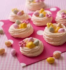 cuisine de paques nids de pâques en meringue au lemon curd les meilleures recettes