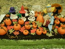 decorations peanuts linus snoopy and pumpkin peanuts