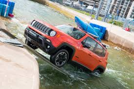 jeep water watch a jeep renegade conquer an olympic white water rafting