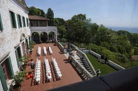 Setup for a small wedding overlooking Lake Michigan Picture of