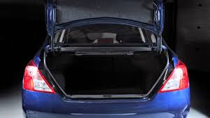 nissan tiida trunk space 2013 nissan versa sedan folding down the rear seats youtube