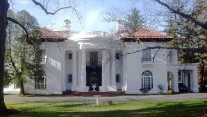 villa lewaro wikipedia