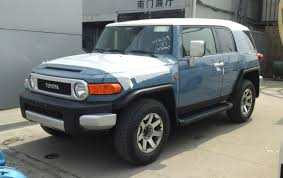 toyota fj file toyota fj cruiser china 2016 04 13 jpg wikimedia commons