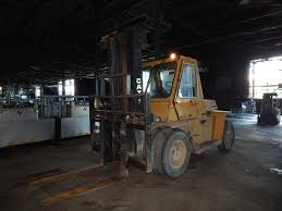 caterpillar v225b 22500 lbs cap diesel outdoor forklift s n 70y00812