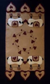 133 best penny rugs images on pinterest penny rugs wool felt