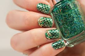 green sparkly mermaid nails may contain traces of polish