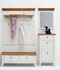 garderoben ideen fã r kleinen flur die besten 25 garderobe landhausstil ideen auf