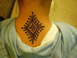 back neck henna tattoo designs
