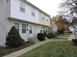 2 Bedroom Apartments In Bethlehem Pa Spring Garden Townhouses Apartments Bethlehem Pa 18017