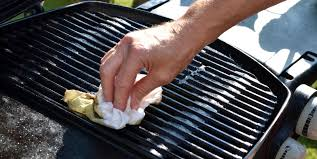 what is the best cleaner to remove grease from kitchen cabinets how to clean your bbq grill