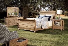 queen sleigh bed with headboard and footboard by kincaid furniture