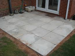 Laying Patio Slabs Laying A Patio A Step By Step Guide Hubpages