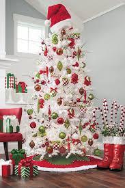 christmas decorating christmas tree with burlap anddecorating