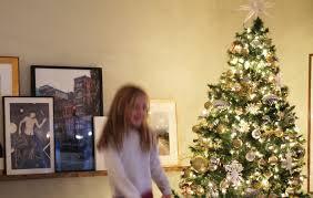 Fixing Christmas Lights String by Psa Instantly Fix Your Burnt Out Christmas Lights Chris Loves Julia