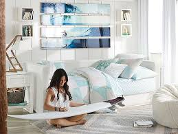 Beachy Bedroom Furniture by Best 20 Teen Beach Room Ideas On Pinterest Beach Theme Rooms