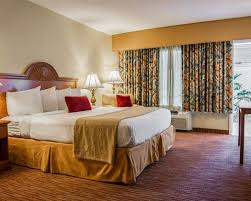 Clearwater Beach Hotels 2 Bedroom Suites Quality Hotel Beach Resort Hotel In Clearwater Beach Fl