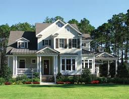 Traditional Home Style The Exterior Style Of Your Home Www Freshinterior Me