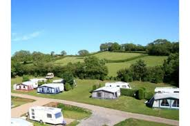 somerset campsites that have a swimming pool
