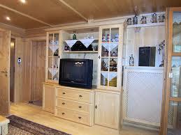 Wohnzimmerschrank Bilder Wohnzimmer Individuell Und Gemütlich