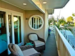 tropical patio with balcony by sennikoff architects zillow digs
