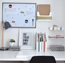 Things To Keep On Office Desk What Is The Best Method For Organizing My 150 Year House With