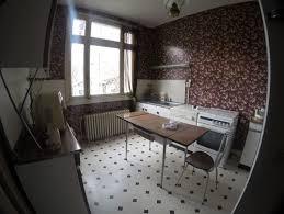 hauteur fenetre cuisine besoin d idées pour agencer cuisine avec une trop grande fenêtre