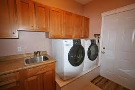 Best Flooring For Laundry Room Best Tips In Order To Help You Choosing The Best Laundry Room