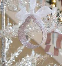 decorating with cookie cutters as ornaments oooh you could even